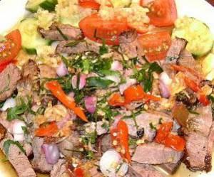 Salade thaï au boeuf (Yam Nua)