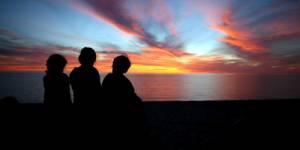 Les Enfants de la Lune : Sortir de l'ombre les victimes des Ultraviolets