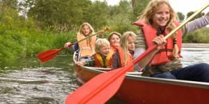 Enfants en vacances, parents au bureau : que faire ?