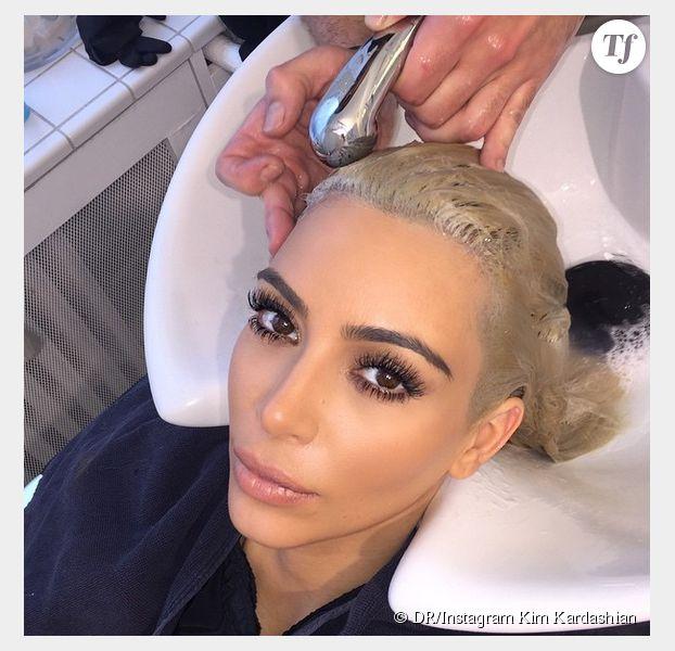 Kim Kardashian retourne chez le coiffeur