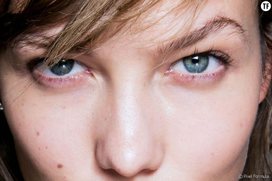 Le mannequin Karlie Kloss et ses magnifiques yeux bleus