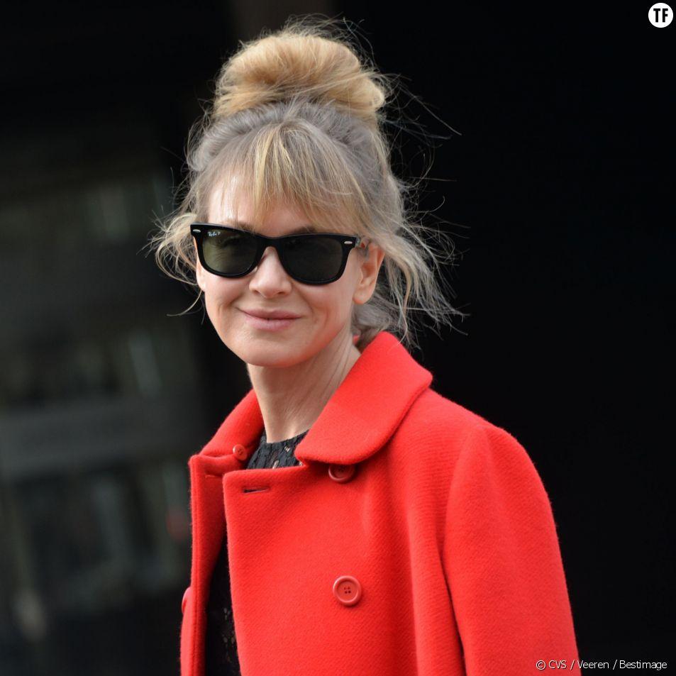 Renee Zellweger arrive au défilé dMiu Miu prêt-à-porter automne-hiver 2015/2016, à Paris le 11 mars 2015