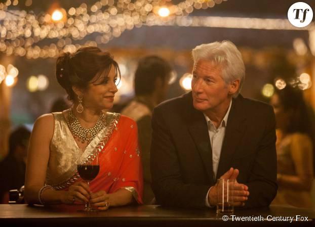 Richard Gere en pleine séance drague en Inde dans Indian Palace : Suite Royale