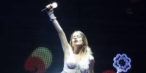 Martina Stoessel (Violetta) ne compte pas suivre l'exemple de Miley Cyrus