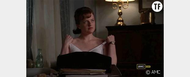 Peggy coupe la chique de Stan en se dénudant