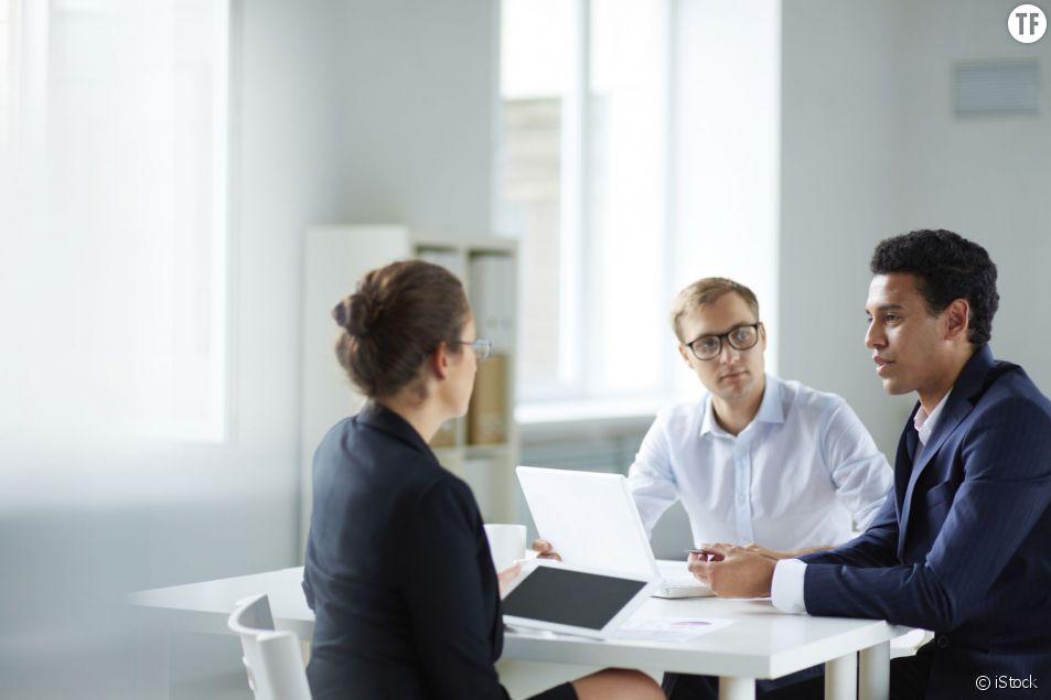 Les femmes manquent toujours de confiance en elles au travail