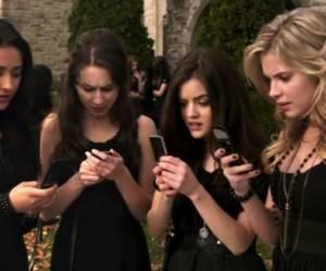 5 mensonges qu'on a déjà toutes sortis par texto