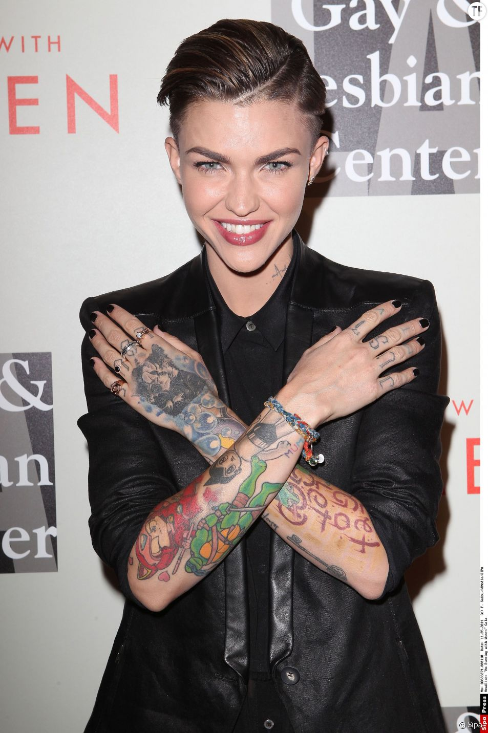 Sara Gilbert, Linda Perry11 May 2014 - Beverly Hills, California - Ruby Rose. The L.A. Gay & Lesbian Center host the 2014 An Evening with Women Gala held at The Beverly Hilton Hotel.