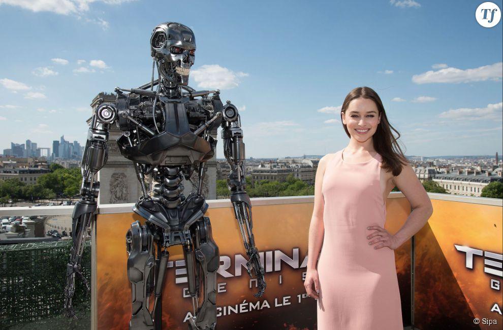 Emilia Clarke fait la promotion de Terminator : Genisys à Paris