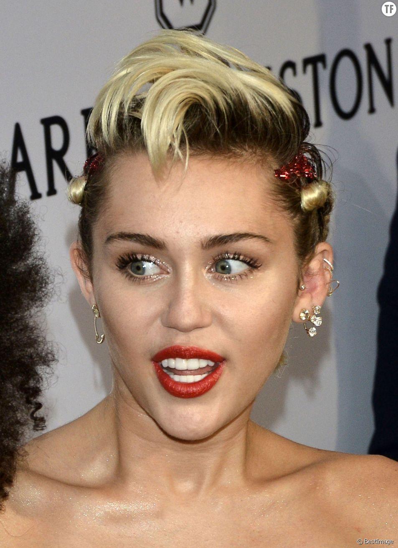 Miley Cyrus à la soirée Amfar à New York le 16 juin 2015