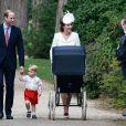 Le prince William, Catherine Kate Middleton, la duchesse de Cambridge, leur fils le prince George de Cambridge et leur fille la princesse Charlotte de Cambridge - Sorties après le baptême de la princesse Charlotte de Cambridge à l'église St. Mary Magdalene à Sandringham, le 5 juillet 2015.