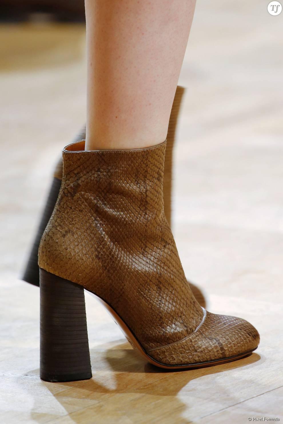 Défilé prêt-à-porter automne-hiver 2015-2016 : boots Chloé.
