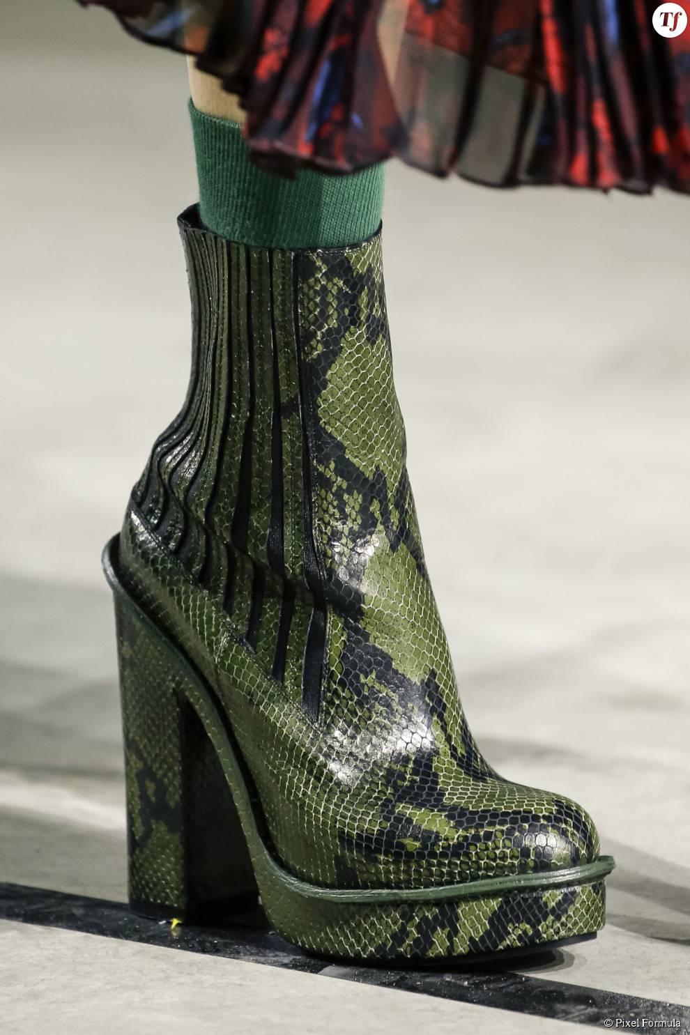 Défilé prêt-à-porter automne-hiver 2015-2016 : boots Kenzo.