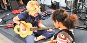 Rock'n'Roll Camp for Girls : ces colos rock pour ados qui déchirent