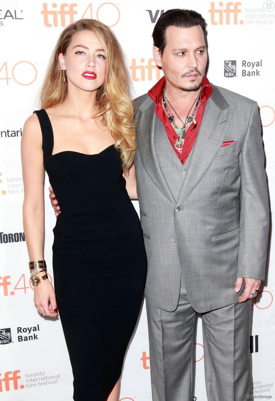 Johnny Depp et Amber Heard sont apparus ensemble au festival du film de Toronto, lundi 14 septembre 2015.