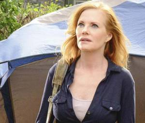 Marg Helgenberger (Christine Price) dans Under the Dome