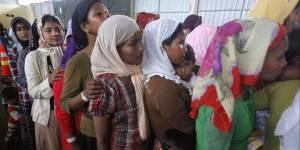 Indonésie :  des femmes fouettées publiquement pour avoir eu des relations sexuelles hors mariage