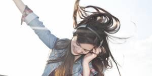 Le top 10 des chansons qui rendent heureux (selon la science)
