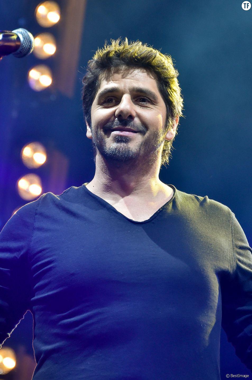"""Patrick Fiori - A l'occasion du 34ème anniversaire de la radio, RFM organise le """"RFM Music Show"""", un concert gratuit ce samedi 6 juin 2015, à Issy-les-Moulineaux."""