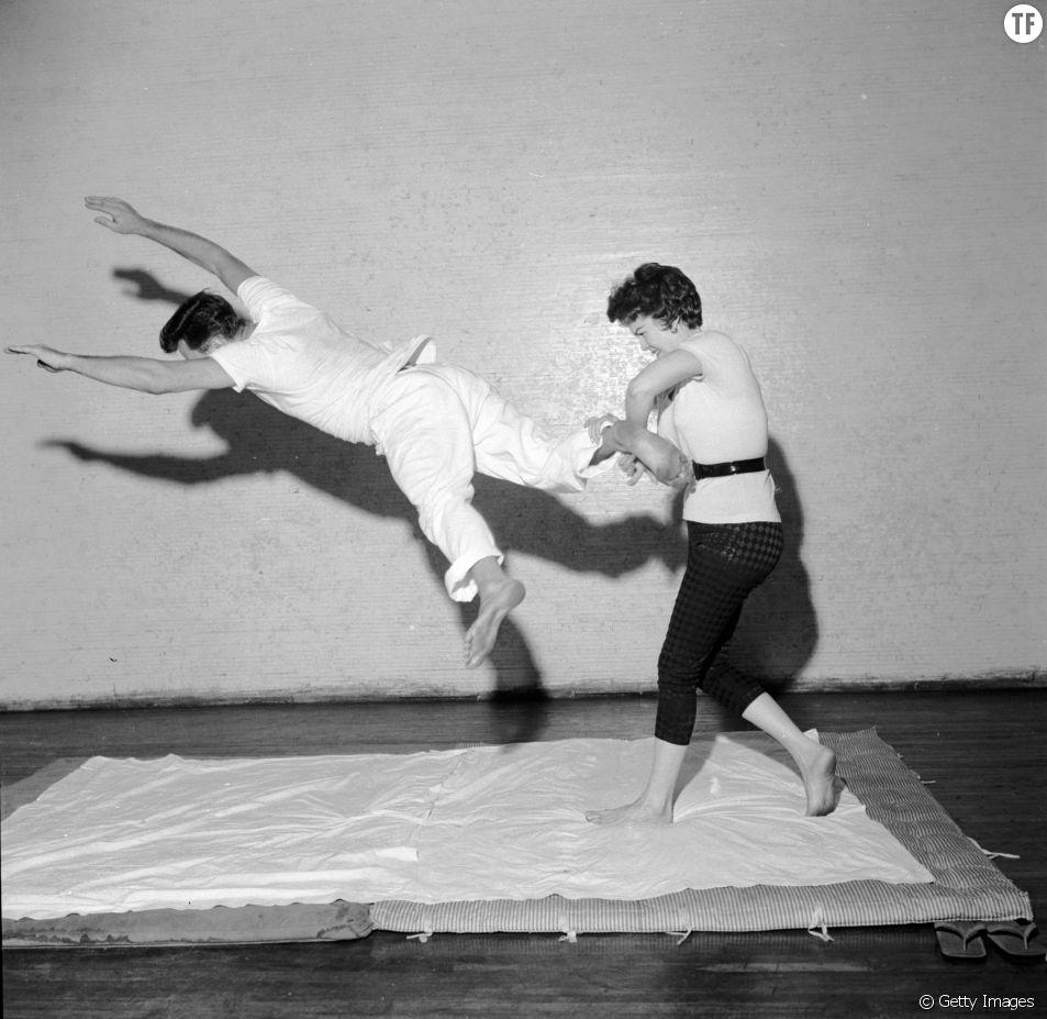 Un cours de self-défence en 1955.