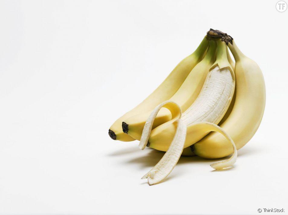 Des dents plus blanches en moins de deux semaines ? C'est possible grâce à la banane.