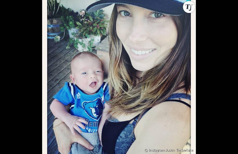 Jessica Biel, radieuse avec son bébé dans les bras