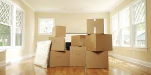 Ces déménageurs aident les femmes battues à quitter leur domicile