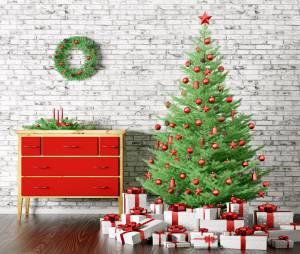 Sapin de Noël : 3 astuces pour le faire durer plus longtemps