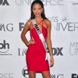 Miss France 2014, Flora Coquerel représente la France au concours Miss Univers