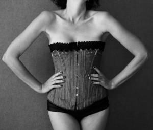 """""""Il faut souffrir pour être belle"""" : 8 tendances beauté très douloureuses qui ont marqué l'histoire"""