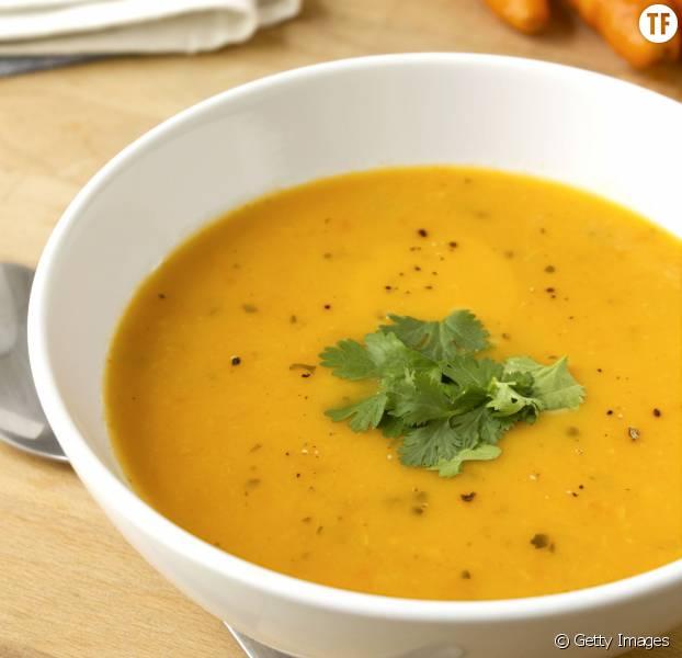 la recette facile de la soupe la carotte et au fenouil. Black Bedroom Furniture Sets. Home Design Ideas