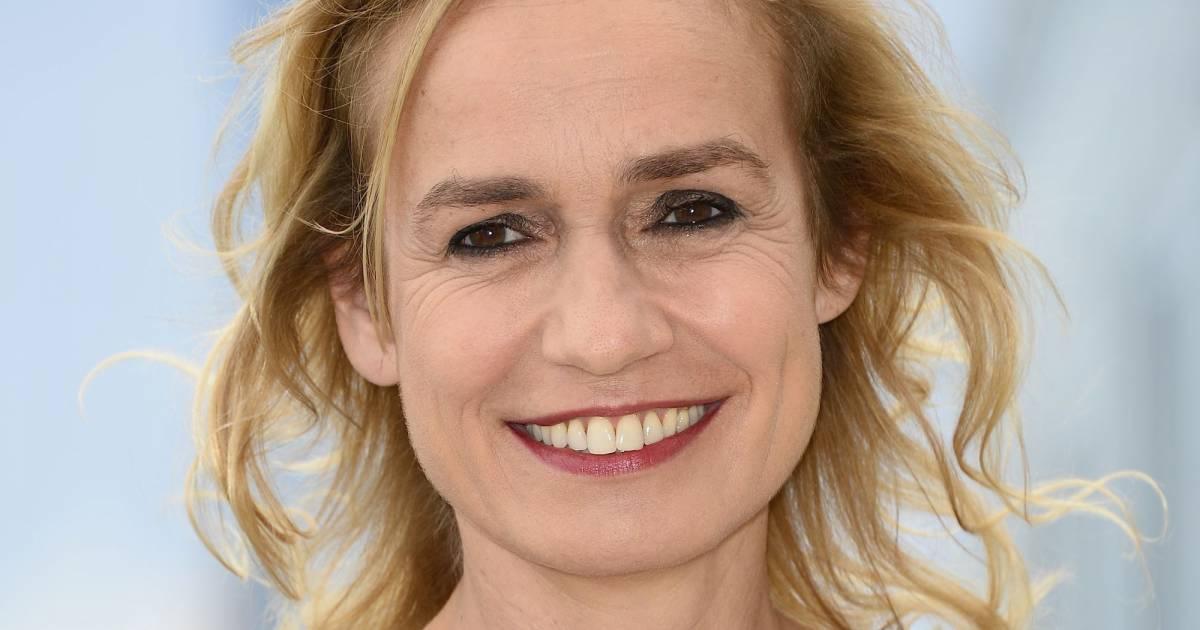 Sandrine bonnaire c libataire et heureuse depuis son divorce de guillaume laurant terrafemina - Sandrine quetier vie privee ...