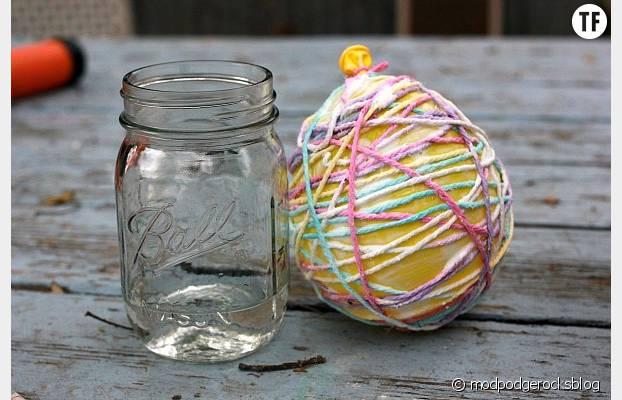 De la laine collée sur les ballons