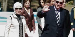 """Le harem, une """"école de la vie"""" pour les femmes : la Première dame turque fait polémique"""