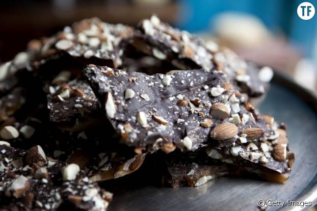 Le chocolat noir va booster votre santé et celle de votre bébé pendant votre grossesse