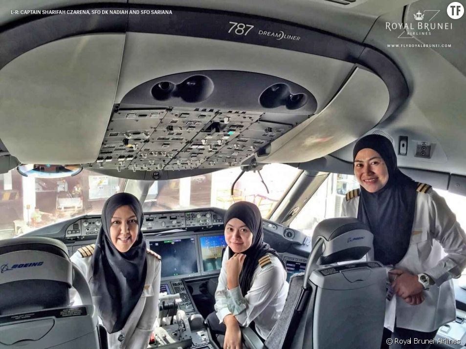 En Arabie saoudite, un équipage féminin fait atterrir un avion... mais n'a pas le droit de conduire une voiture