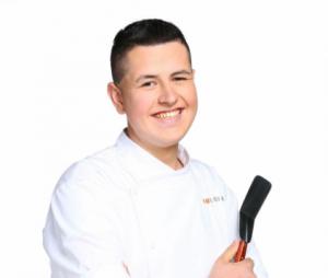 Top Chef 2016 : Charles, le candidat qui a fait pleurer Philippe Etchebest, a trouvé un nouveau job