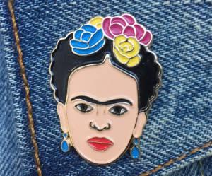 Le pin's is back : notre sélection shopping de l'accessoire star des 90's