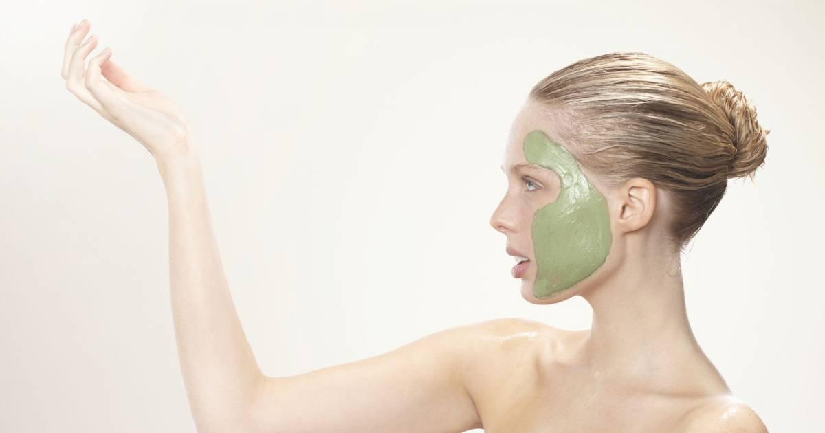 La restitution des bulbes des cheveu du masque