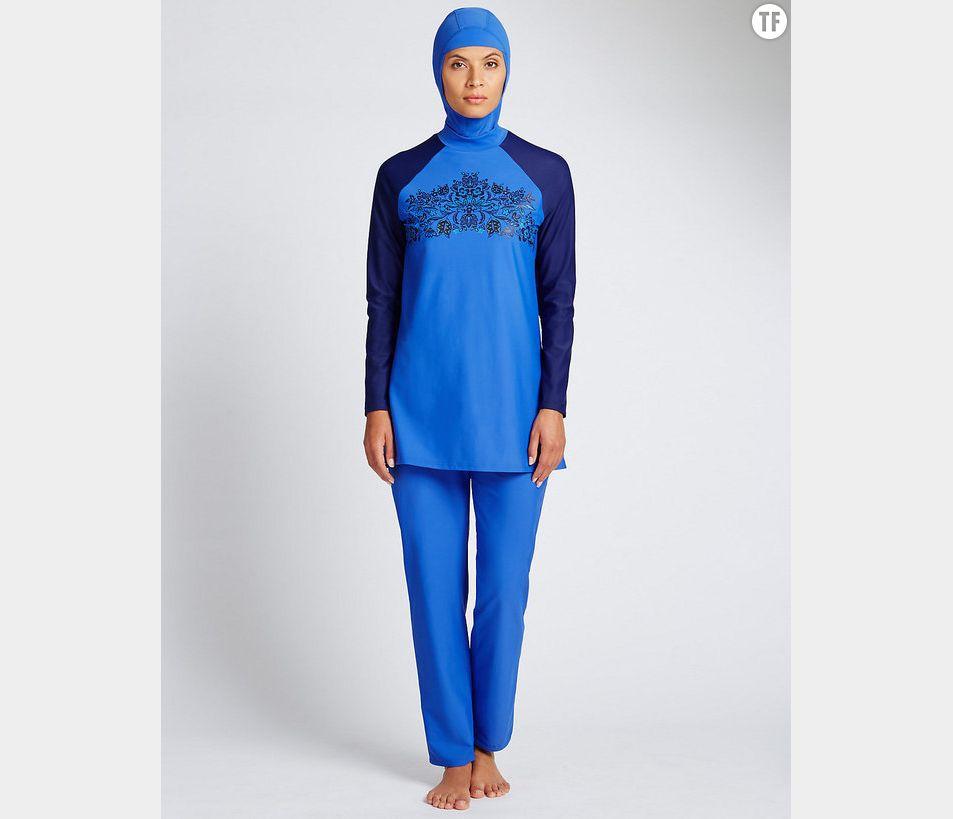 Le burkini M&S en bleu (photo du site Internet M&S)