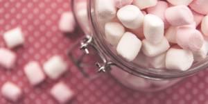 Mal à la gorge ? Mangez des marshmallows