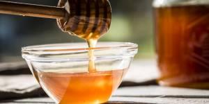La recette du masque au thym et au miel pour apaiser la peau irritée