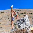 Maria Pettersson, la pilote d'avion qui fait du yoga dans les plus beaux endroits du monde : un compte Instagram à suivre à tout prix !