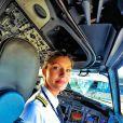 Une pilote de Boeing qui fait du yoga dans les plus beaux endroits du monde : qui dit mieux ?