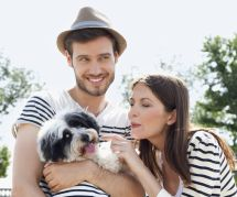 Vous envisagez de faire un bébé ? Adoptez un chien !