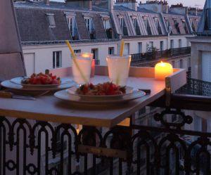 DIY : comment fabriquer une table de terrasse (quand on n'a pas de balcon)