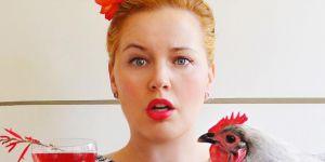 Kate Richards : qui est cette blogueuse fan de cocktails et de poules ?