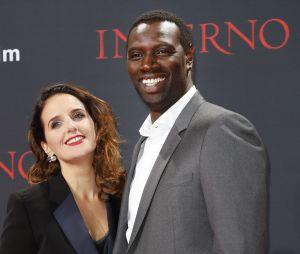 Omar Sy et son épouse Hélène sont en couple depuis 1997 ! A la tête de l'association CéKeDuBonheur, elle a donné 4 enfants à la personnalité préférée des Français.