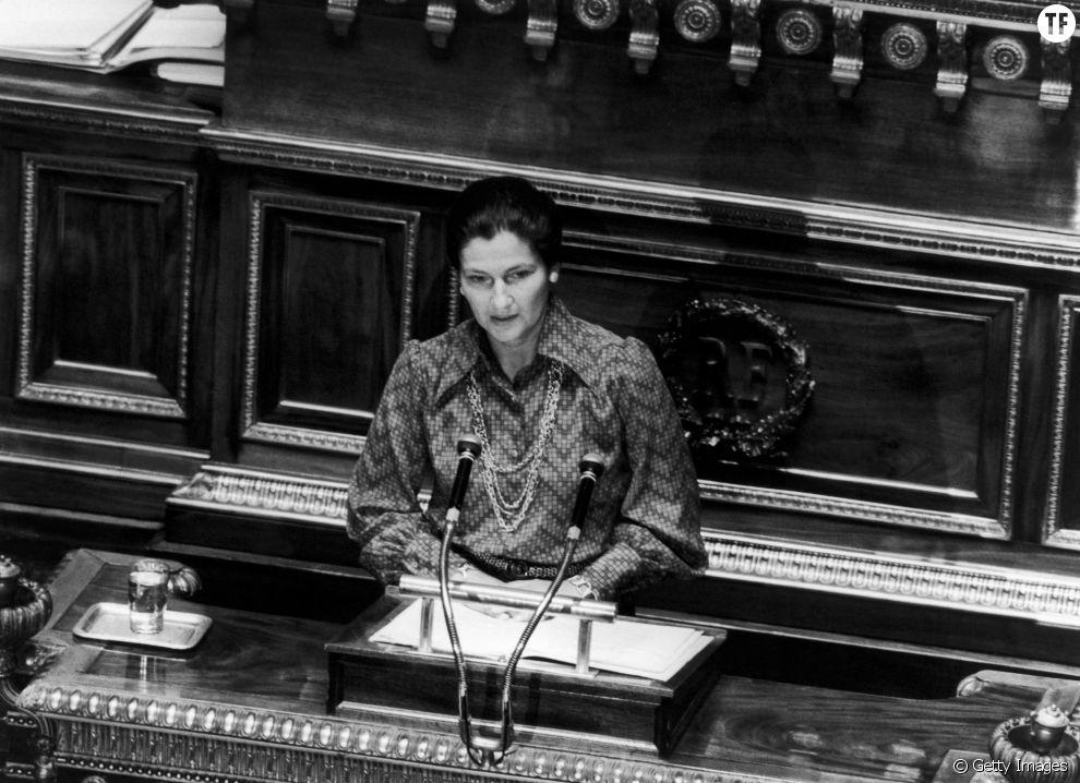 Simone Veil lors de son discours en faveur de l'avortement en 1974