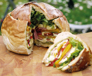 Pique-nique : la recette ultra-cool du pain surprise